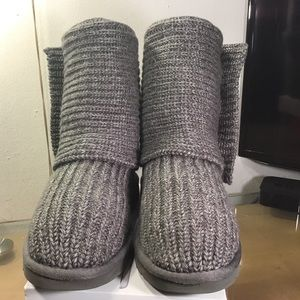 Classic Cardy II Knit Boot UGG®. Pre-Owned.